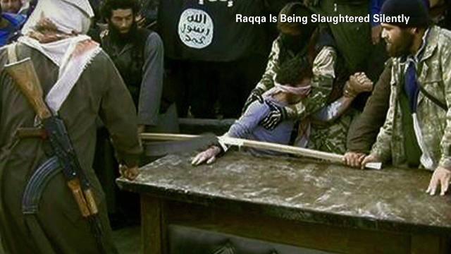 """Los radicales sirios secuestran y """"lavan el cerebro"""" a niños kurdos"""