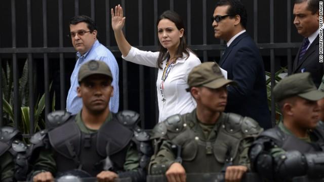Imputan a María Corina Machado por supuesto plan para asesinar a Maduro