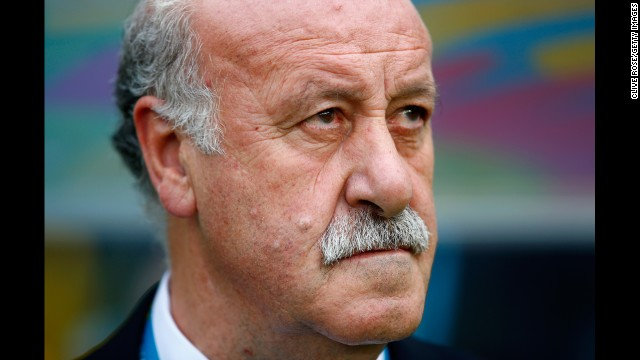 Spain head coach Vicente del Bosque watches the action.