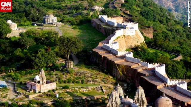 The walls of Kumbhalgarh, a fortress in the Rajsamand district of Rajasthan state in India, extend more than 23 miles. It's believed to be the second longest continuously running wall after the Great Wall of China.