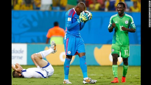 The body language says it all. Nigeria goalkeeper Vincent Enyeama (center) and teammate Juwon Oshaniwa savor the victory.