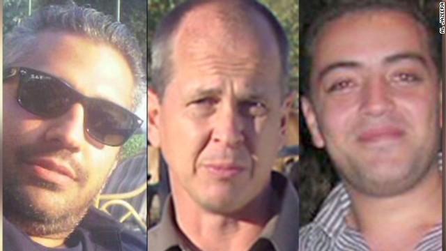 Egipto condena a prisión a tres periodistas de Al Jazeera