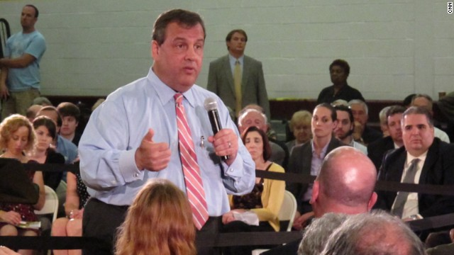 Christie warns of budget fight at town hall