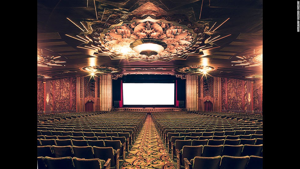 <i>The Paramount Theatre, Oakland</i><!-- --> </br><!-- --> </br>If your visit to the cinema entails sitting in sticky chairs while trying to block out the sound of fellow viewers crunching pop-corn, <a href='http://www.franckbohbot.com/' target='_blank'>Franck Bohbot's</a> photos will make you wish you lived in the 1940s. <!-- --> </br><!-- --> </br>The French photographer traveled across the film industry's heartland, California, to try to capture the majesty and mystique of cinemas from the golden age of Hollywood. His images depict the splendor of art deco movie palaces of old, and transport us to a bygone era when cinemas were temples to gods and goddesses of the silver screen. <!-- --> </br><!-- --> </br>By <strong><a href='https://twitter.com/M_Veselinovic' target='_blank'>Milena Veselinovic</a></strong><strong>,</strong> for CNN