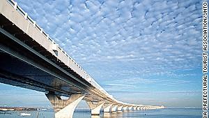 Tokyo\'s Aqua-Line: Bridge above, tunnel beneath.