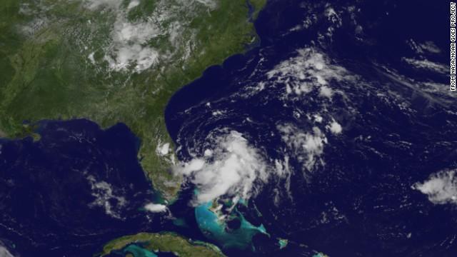 Un huracán podría arruinar las fiestas del 4 de julio