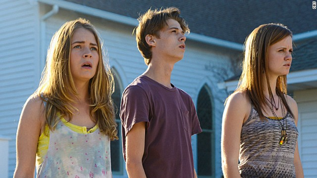 "<strong>""Under the Dome"" (2013)</strong> - Season 2 of this other CBS/Amazon series based on the work of horror writer Stephen King, stars Colin Ford, Britt Robertson and Mackenzie Lintz. The new season that premiered this week has already taken some <a href='http://insidetv.ew.com/2014/06/30/under-the-dome-spoiler-talks-her-surprise-exit/' target='_blank'>shocking turns</a>. (Amazon)"
