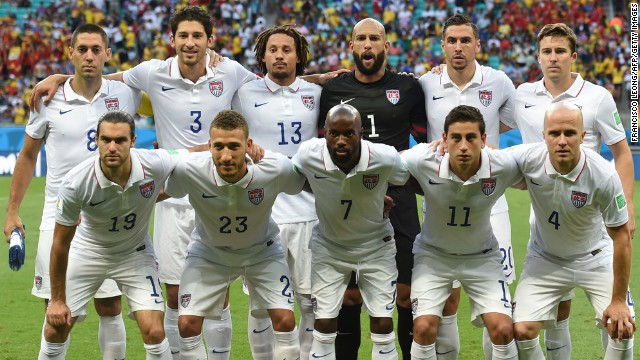 The starting U.S. players pose for a team photo prior to the match.