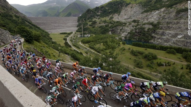 The 19th stage of the Tour takes the riders on a 208 km largely flat stage with sprinters like Mark Cavendish expected to come to the front at the finish.<!-- --> </br>