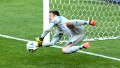 Julio Cesar: Brazil must not fail