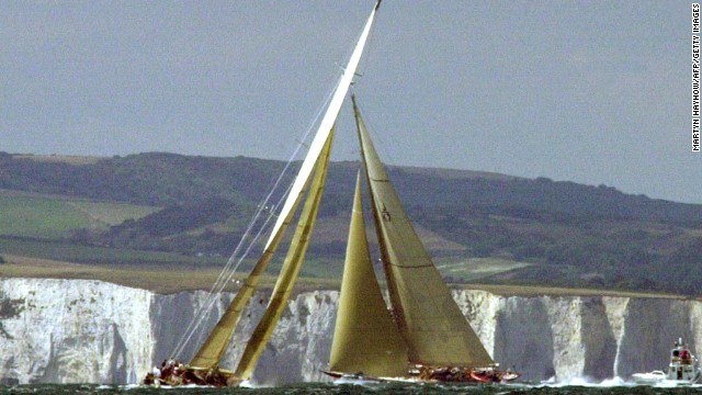 Shamrock V (left) races Velsheda, built in 1933, at the America's Cup jubilee regatta off the southern coast of England in 2001.