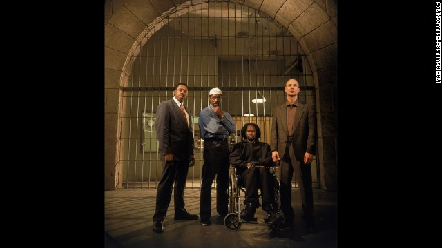 "Superb acting and fascinating storylines didn't keep HBO's show ""Oz,"" about life inside a harrowing prison, from being snubbed."
