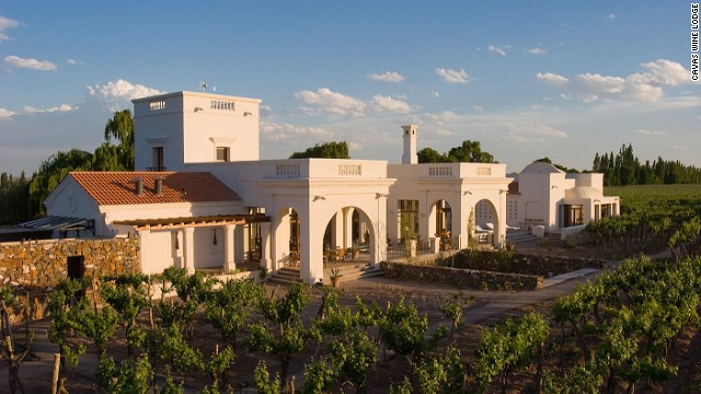 Nestled in the wine reigons of Argentina, the city of Mendoza is perfect for any honeymoon or romantic vacation.