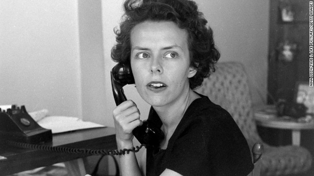<a href='http://www.cnn.com/2014/07/10/showbiz/eileen-ford-obit/index.html'>Eileen Ford</a>, who founded the Ford Model Agency 70 years ago, died Wednesday, July 9, at the age of 92, the company said.