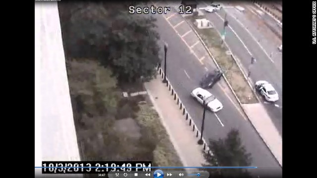 This still shows the scene as Carey hit a cruiser with her car. <a href='http://www.cnn.com/2013/10/03/us/gallery/capitol-hill-shooting/index.html' target='_blank'>See CNN.com's coverage from October. </a>