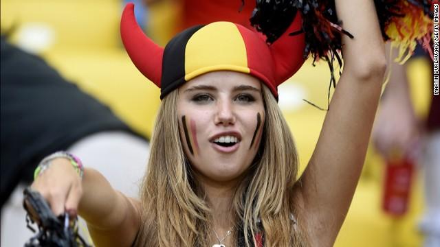 La bella aficionada de Bélgica