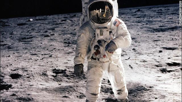 ¿Necesitamos regresar a la Luna 45 años después de la misión Apollo?