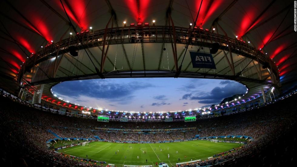 17. ¿Problemas con los estadios?