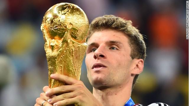 La 'ofensiva' opinión de Thomas Müller sobre la Bota de Oro que ganó James Rodríguez