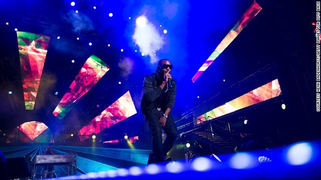 ... and singers like Nigerian afro-pop sensation D'Banj.