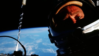 Buzz Aldrin: After moon, next stop Mars