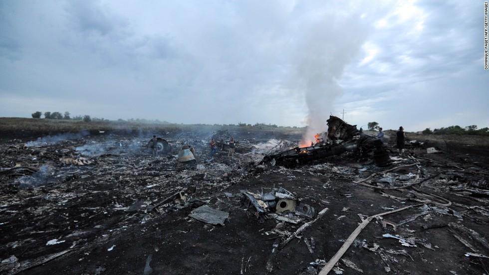 El MH17 de Malaysia Airlines se estrella en Ucrania