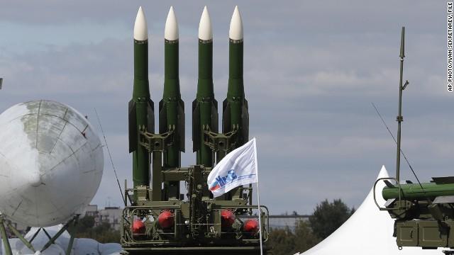 Ucrania dice que un oficial ruso apretó el botón del misil que derribó el vuelo MH17