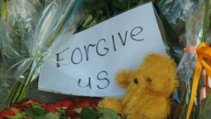 Russian MH17 memorial says 'forgive us'
