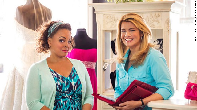 """Facts of Life"" co-stars Kim Fields, left, and Lisa Whelchel reunited in the 2014 Hallmark Channel movie ""For Better or For Worse."" Here's what else these two actresses, and their former co-stars, have going on:"