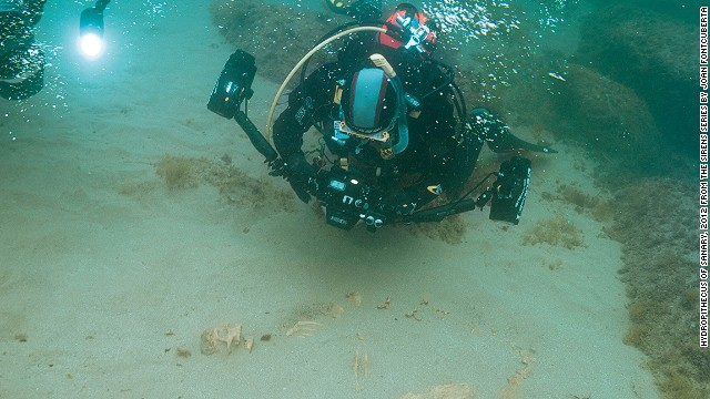 A diver supposedly finds the another skeleton of a fish-like animal with a humanoid skull.