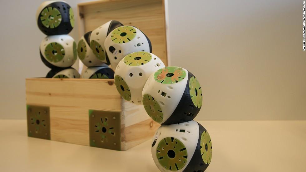 Muebles robot que se construyen a sí mismos