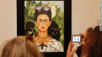 Frida Kahlo: Queen of the selfie