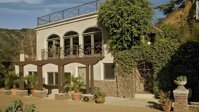 Harry Houdini: Los Angeles -- <a href='http://www.travelandleisure.com/articles/celebrity-homes-you-can-rent/12' target='_blank'>See More Celebrity Homes You Can Rent </a>