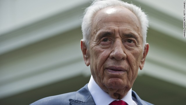 Israeli President Shimon Peres speaks to reporters outside of the West Wing after meeting with US President Barack Obama at the White House on June 25, 2014 in Washington, DC.