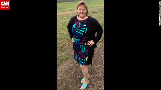 After losing 200 pounds, Riser shows off her new figur