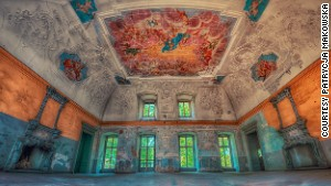 The allure of secret abandoned palaces