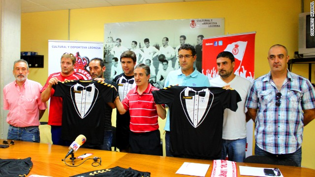 Despite the worldwide attention garnered by the unique design, Cultural Leonesa will not wear the anniversary kit in the new season, which begins in mid-August.