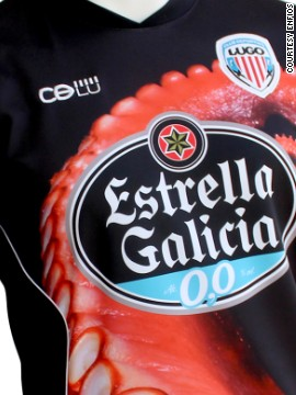 Another culinary trademark of Galicia is Pulpo Gallego, the local octopus dish, which is why this Deportivo Lugo kit is embossed with a giant red tentacle.