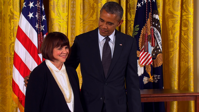 Obama admits boyhood crush on Linda Ronstadt