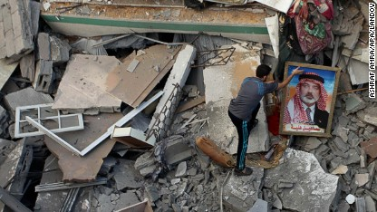 Children die in Gaza camp shelling