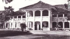 Singapore\'s Capella hotel once served as the Royal Artillery Officers\' Mess, seen here in the 1950s.