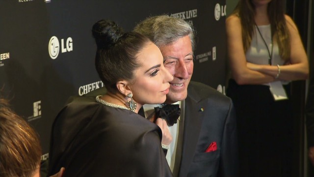 Tony Bennett and Lady Gaga top the charts, and more news to note