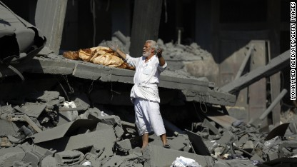 Dozens die as Gaza cease-fire crumbles