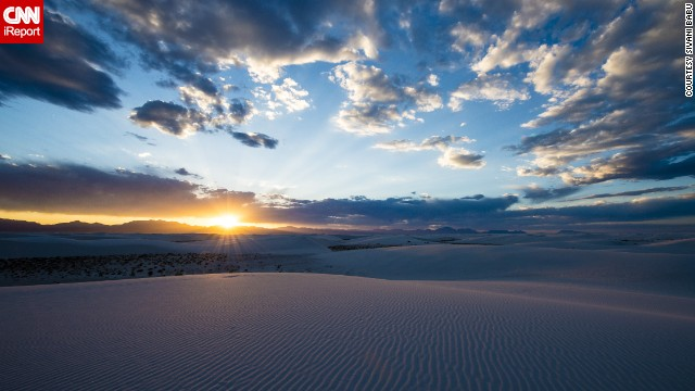 <a href='http://ireport.cnn.com/docs/DOC-1150787'>The White Sands National Monument</a> is a natural wonder located in the heart of the Tularosa Basin in New Mexico. With 275 square miles of white gypsum sand and wavelike dunes, it is the world's largest gypsum dunefield.