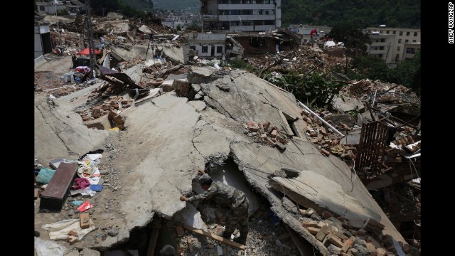 Photos: Earthquake rocks southwest China