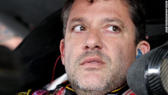 Piloto de NASCAR Tony Stewart no enfrentará cargos por la muerte de Kevin Ward Jr.