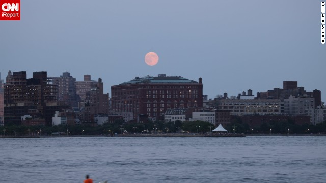 "<a href='http://ireport.cnn.com/docs/DOC-1160484'>Andy Szeto </a>experienced what he called ""pure joy"" watching the supermoon rising over Hoboken, New Jersey, on Sunday. ""I was also happy to see so many photography enthusiasts taking pictures of the supermoon right next to me."""