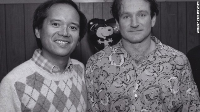 "<a href='http://ireport.cnn.com/docs/DOC-1160808'>Serni Solidarios </a>ran into Robin Williams in 1986 on the streets of New York and asked him if he would be interested in performing at a university concert. Months later Williams honored the invitation. ""I've staged other great legends, but Robin's zaniness and sheer improvisational speed was unmatched,"" he said."