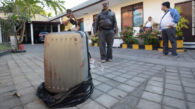 Encuentran en Bali el cuerpo de una mujer estadounidense dentro de una maleta