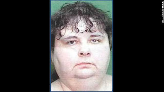 Capturan a la única mujer fugitiva en la lista de los más buscados de EE.UU.